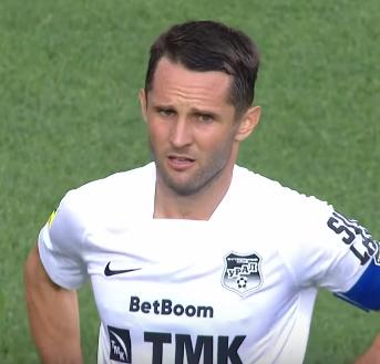 Денис Кулаков - капитан Урала